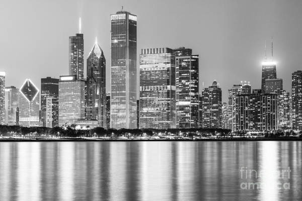 Chicago Black White Wall Art - Photograph - Downtown Chicago Skyline Black And White Photo by Paul Velgos