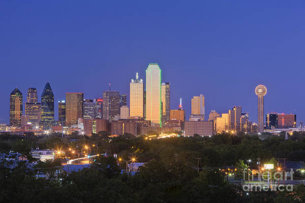 Wall Art - Photograph - Downtown Dallas Skyline At Dusk by Jeremy Woodhouse