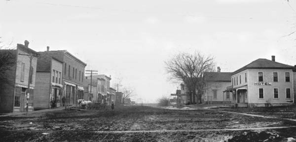 1900 Wall Art - Photograph - Downtown Hudson Iowa by Greg Joens