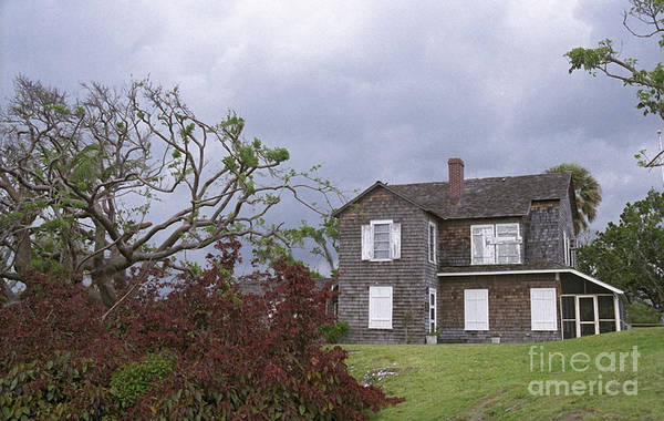 Photograph - Dubois Pioneer Home by Richard Nickson