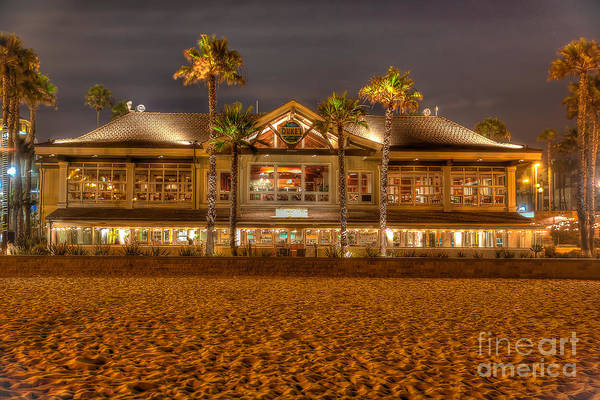 Wall Art - Photograph - Duke's Restaurant Huntington Beach - Back by Jim Carrell