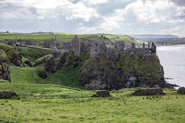 Photograph - Dunluce Castle 9858 by Teresa Wilson