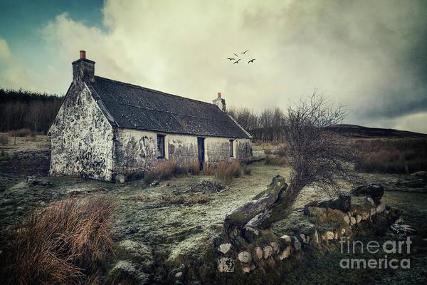 Abandoned House Photograph - Dusty Morning by Evelina Kremsdorf