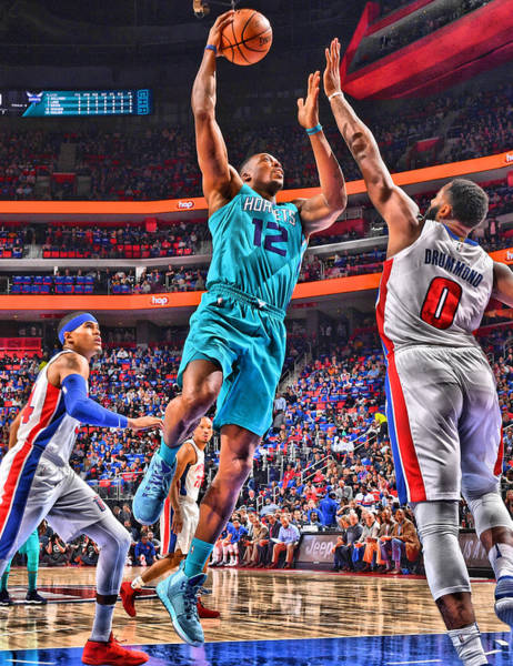 Wall Art - Mixed Media - Dwight Howard Charlotte Hornets Player Art 2 by Joe Hamilton