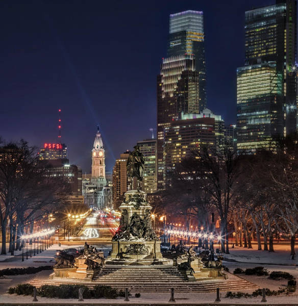 Photograph - Eakins Oval Philadelphia Pa by Susan Candelario