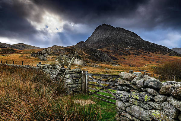 Ladders Photograph - East Face Tryfan Snowdonia by Adrian Evans