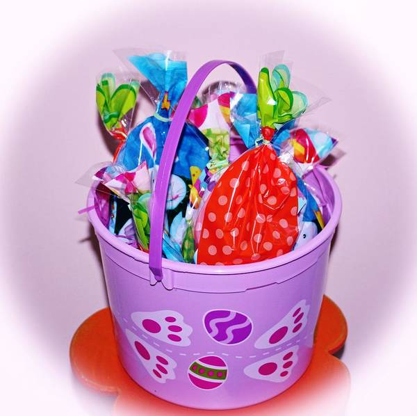 Photograph - Easter Bucket Treats by Cynthia Guinn
