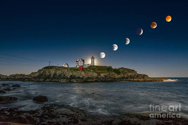 Amazing Wall Art - Photograph - Eclipsing The Nubble by Scott Thorp