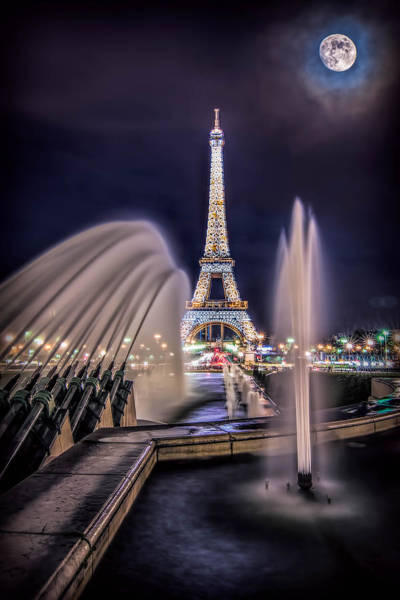 Eiffel And The Fountain Art Print