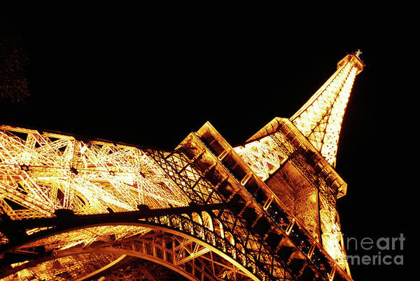 Cesar Wall Art - Photograph - Eiffel Tower Night by Cesar Marino