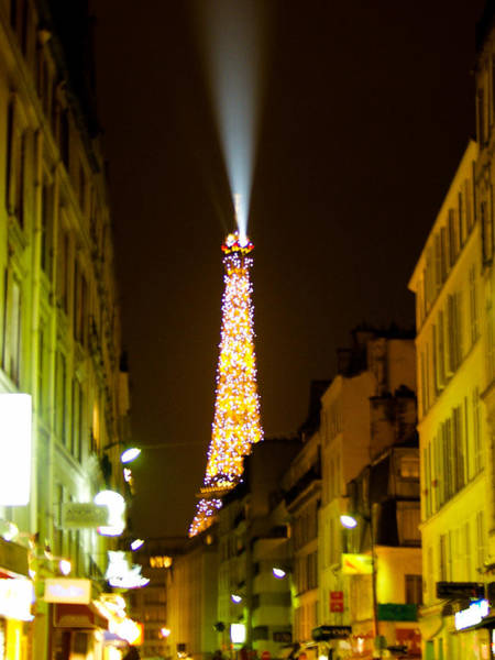 Photograph - Eiffel Twinkle by Mark Currier
