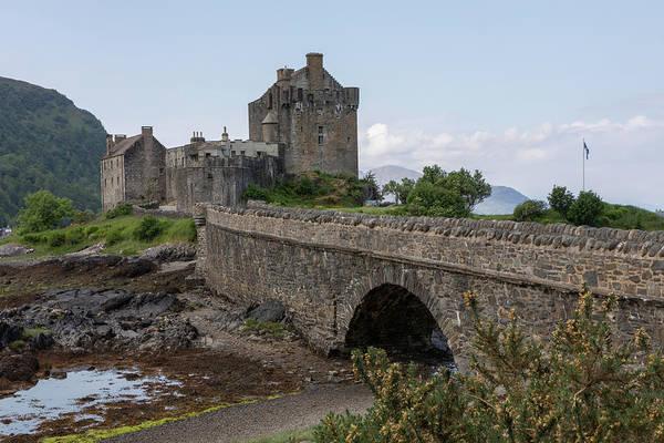 Photograph - Eilean Donan Castle 0562 by Teresa Wilson