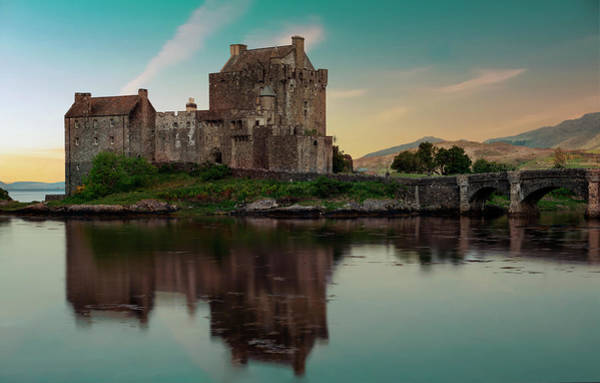 Wall Art - Photograph - Eilean Donan Castle At Sunset by Jaroslaw Blaminsky