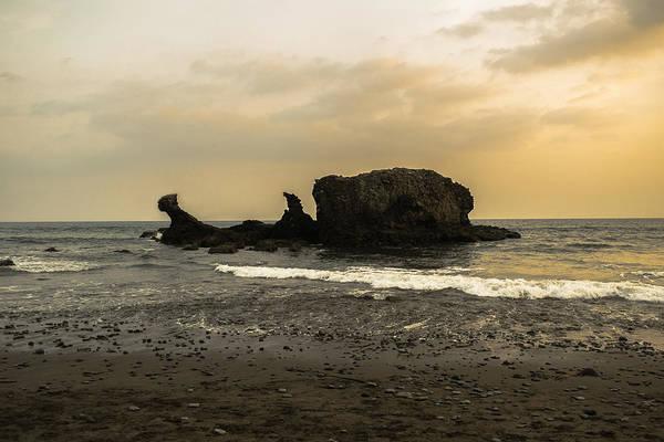 La Libertad Photograph - El Tunco I by Totto Ponce