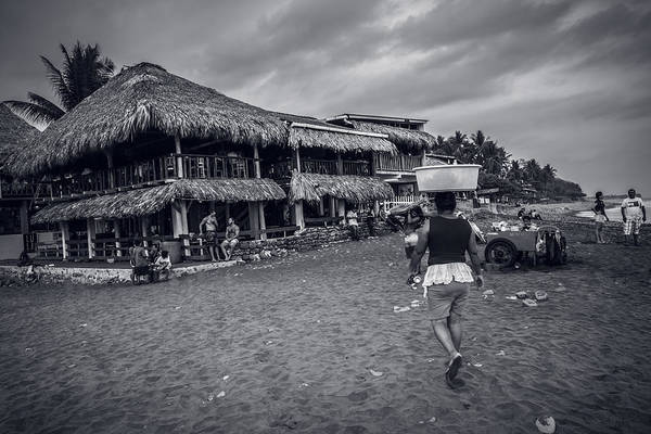 La Libertad Photograph - El Tunco IIi by Totto Ponce