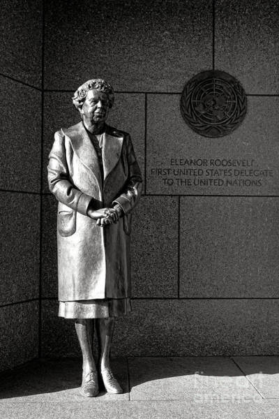 Wall Art - Photograph - Eleanor Roosevelt Sculpture  by Olivier Le Queinec
