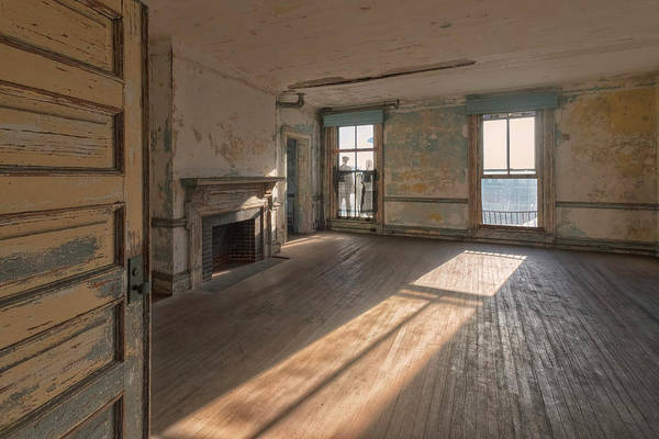 Photograph - Ellis Island Staff House by Tom Singleton