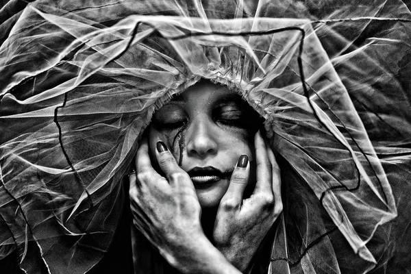 Photograph - Embrace by Joseph Casey