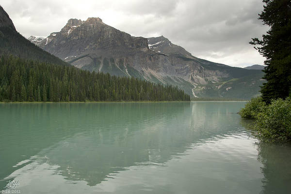 Photograph - Emerald Lake by Kenneth Hadlock