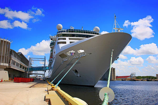 Port Of Tampa Wall Art - Photograph - Empress Of The Sea Cruise Ship by Chris Smith