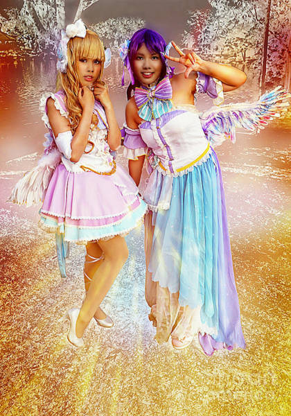 Cosplay Photograph - Enchanted Fairy Queens by Ian Gledhill