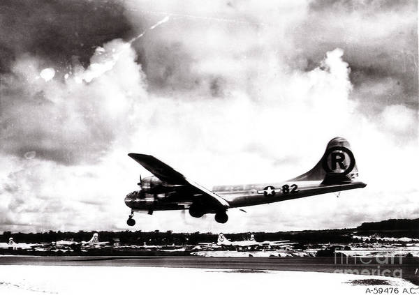 Nuclear Bomber Wall Art - Photograph - Enola Gay Landing After Hiroshima by Photo Researchers