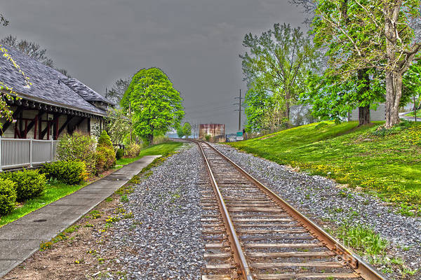 Photograph - Entering Cayuga Station by William Norton