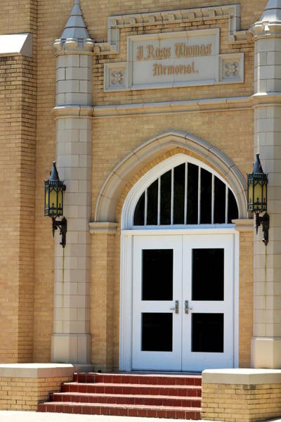 Photograph - Entry Way To Ross Thomas Building by Colleen Cornelius
