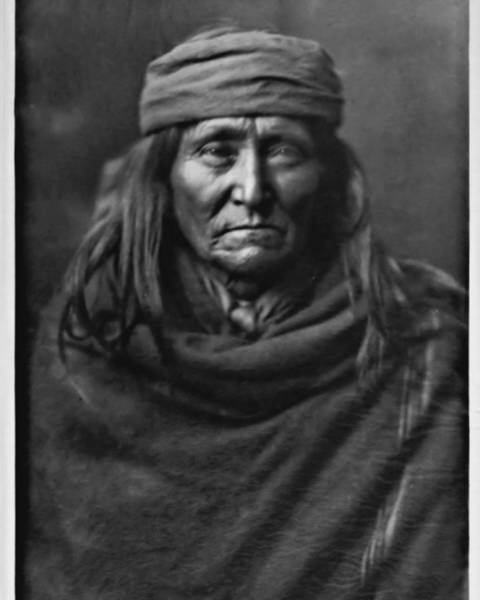 Photograph - Eskadi - Apache by John Feiser