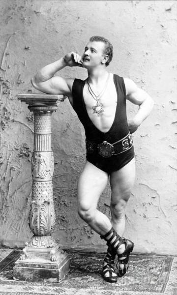 Grecian Photograph - Eugen Sandow, Father Of Modern by Science Source