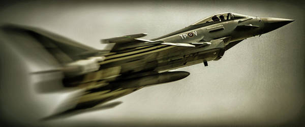 Fighter Jets Photograph - Eurofighter Typhoon by Martin Newman