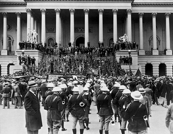 Wall Art - Photograph - Expeditionary Force At Capitol by Underwood Archives