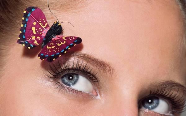 Fashion Digital Art - Eye by Maye Loeser