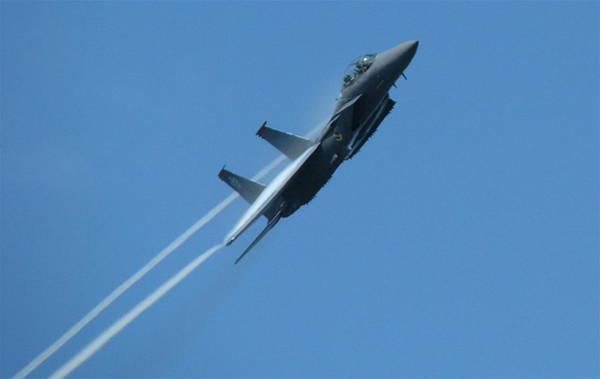F-15 Strike Eagle Art Print