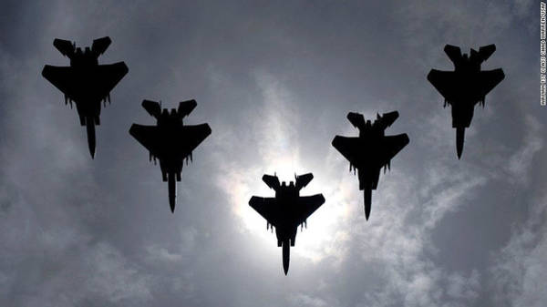 Wall Art - Photograph - F-15 Eagle Formation by L Brown