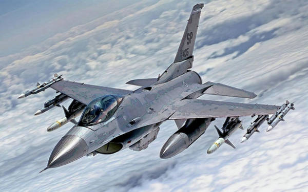 Photograph - F-16-2 by Herb Paynter