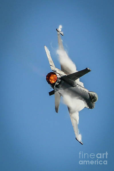 Photograph - F-16 Banks Right by Tom Claud