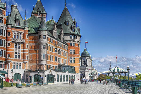 Photograph - Fairmont Le Chateau Frontenac by Carlos Diaz