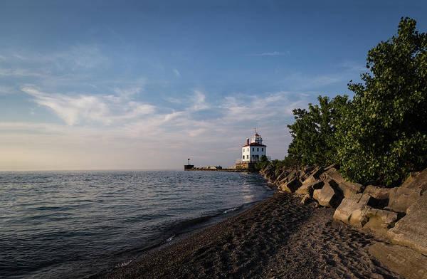 Photograph - Fairport Harbor Lighthouse by Dale Kincaid