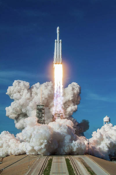 Panic Photograph - Falcon Heavy Launch by Filip Hellman