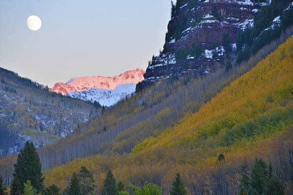 Photograph - Fall Moonrise Over Vail Colorado by Ray Mathis