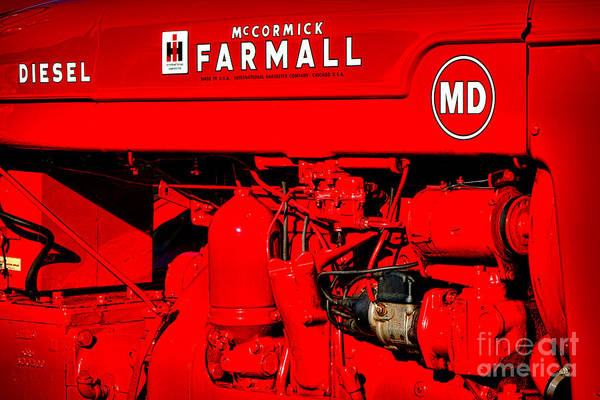 Mccormick Wall Art - Photograph - Farmall Md by Olivier Le Queinec