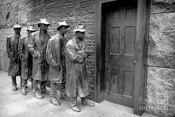 Wall Art - Photograph - Fdr Memorial Breadline by Olivier Le Queinec