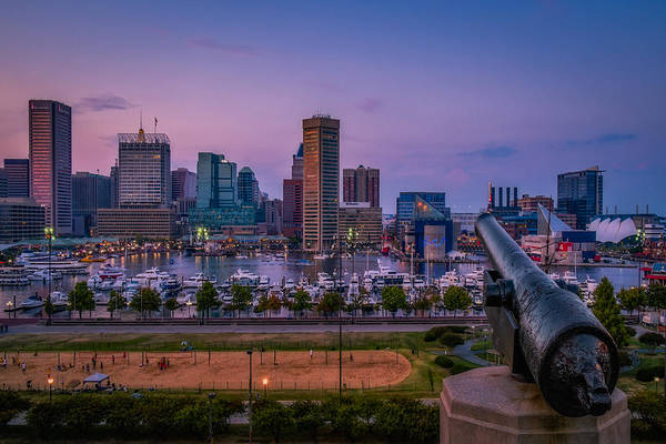 Neighborhood Photograph - Federal Hill In Baltimore Maryland by Susan Candelario