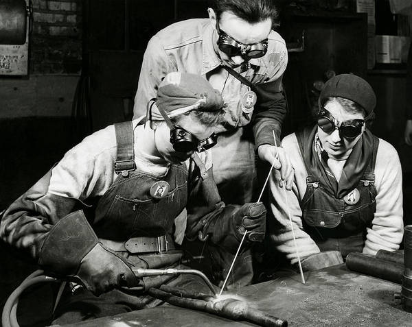 Rosie Wall Art - Photograph - Female Welders - Ww2 Homefront - 1943 by War Is Hell Store