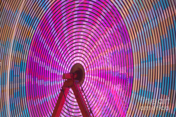 Photograph - Ferris Wheel I by Clarence Holmes