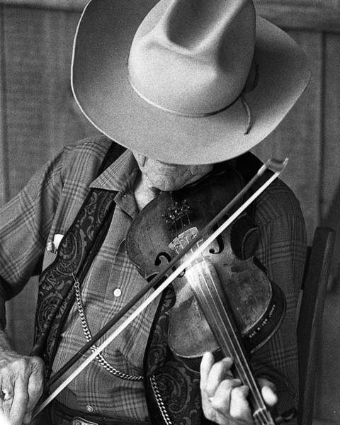 Photograph - Fiddler #1 by Jim Mathis