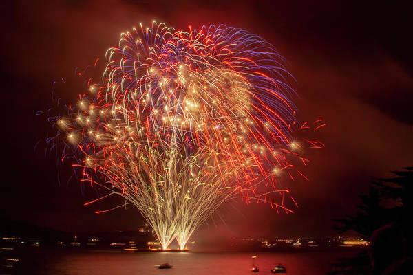 Photograph - Finale Bouquet Fireworks by Bonnie Follett