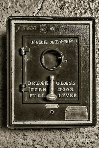 Wall Art - Photograph - Fireman-fire Alarm Box Break Glass In Black And White by Paul Ward