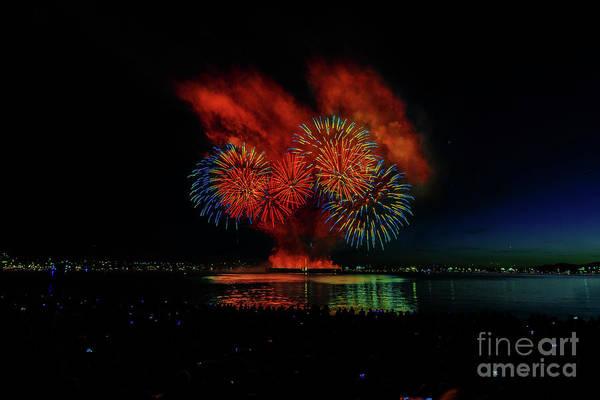 Canada Wall Art - Photograph - Fireworks 22 by Viktor Birkus